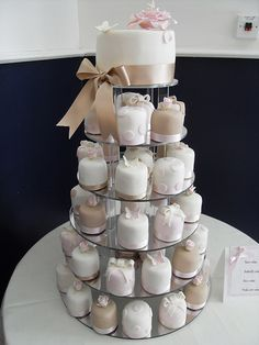 Miniature wedding cakes by Cotton and Crumbs