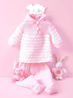 Yarnspirations. FREE crochet pattern for this set for baby.