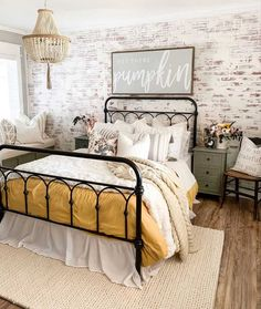 Bedroom Decor are readily available on our site. Read more and you wont be sorry you did. Farmhouse Bedroom Decor, Home Decor Bedroom, Farmhouse Style Bedding, Master Bedroom Makeover, Master Bedroom Decorating Ideas, Adult Bedroom Ideas, Guest Bedrooms, Rooms To Go Bedroom, Guest Room