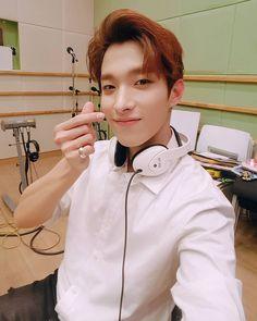 SEVENTEEN BSS DK on KBS Cool FM Radio #세븐틴 #부석순 #도겸 Woozi, Jeonghan, The8, Seventeen Lee Seokmin, Seventeen Wonwoo, Seventeen Debut, Vernon, Beautiful Smile, Beautiful Boys