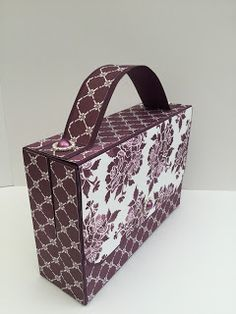 Double Card Gift Box Holders Handbag There are two sizes for these handbags and you will need to use the size of your cards and envelopes....
