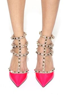 Valentino's take on hot pink. Swoon!