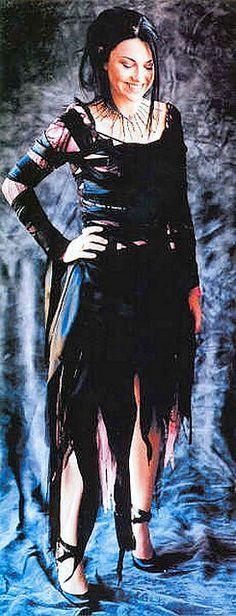 Amy Lynn Lee Hartzler  - Evanescence 032 by gamerakel, via Flickr
