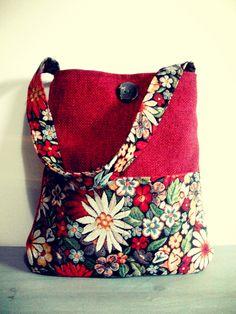 Borsa a spalla rossa - gobelin colorato fantasia fiori di Arabesquebags su Etsy