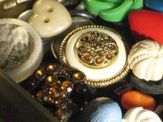 ♥ vintage buttons!!