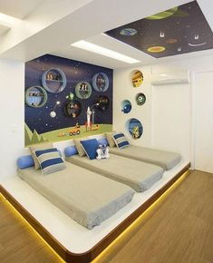 Boys bedrooms furniture can also be fun! Discover more ideas and inspirations with Circu Magical furniture. Kids Bedroom Designs, Bunk Bed Designs, Home Room Design, Kids Room Design, Kids Bedroom Furniture, Bedroom Decor, Unique Furniture, Bedroom Ideas, Bunk Bed Rooms