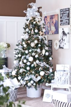 Holiday Sparkle and Cheer With Stylescope and a Two Way $50 HOmegoods Giveaway!!!