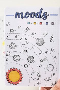Check out these awesome mood tracker examples for August! - Best August Mood Tracker Ideas For Bullet Journals - Crazy Laura August Bullet Journal Cover, Bullet Journal Paper, Bullet Journal Cover Ideas, Bullet Journal Lettering Ideas, Bullet Journal Notebook, Bullet Journal School, Bullet Journal Inspiration, Bullet Journals, Bullet Journal Mood Tracker Ideas