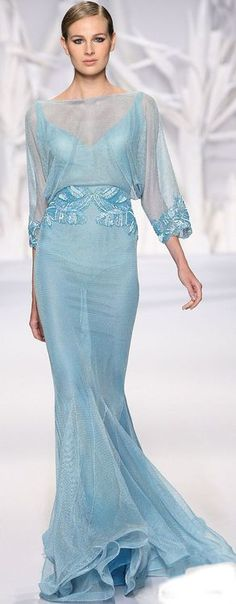 The original pinner says this looks like something out of Frozen, and I agree! I wouldn't wear it to a formal event, but I would keep it for a costume party!