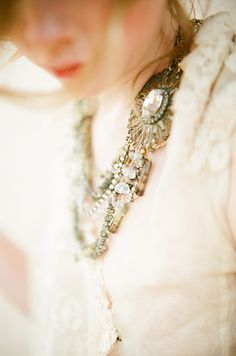 Desert bridal details http://weddingsparrow.co.uk/2014/07/17/luminous-desert-bridal-style/