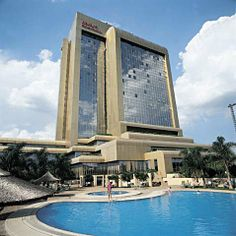 harare zimbabwe   Harare_Zimbabwe_The_Rainbow_Towers_Hotel_And_Conference_Centre_p234219 ...