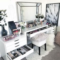 """949 Likes, 9 Comments - VANITY COLLECTIONS (@vanitycollections) on Instagram: """". ULTIMATE CLEAR COLLECTIONS PACK. . My fave layout for the top of my Malm dressing table. . This…"""""""