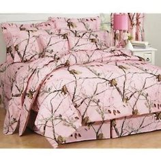 Pink Camo Bedspread  just differnt color