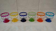 Taças de sobremesa com pintura poá feito à mão