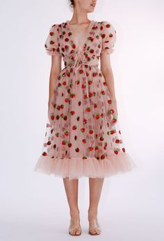Puffy Dresses, Nice Dresses, Casual Dresses, Fashion Dresses, Classy Outfits, Beautiful Outfits, Strawberry Dress, Dress Drawing, Glitter Stars