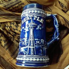 Vintage 1960's to Early 70's Seattle Washington Souvenir Tall Mug Perfect Vintage Condition, Cool Read Trip Piece From The Pacific Northwest!