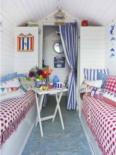 Stay in a beach hut: From one of George Clarke's Amazing Spaces to Dotty, Betty, Percy, Hattie, and Bertie on Mersea Island Beach Hut Interior, Shed Interior, Interior Design, Mini Chalet, George Clarke Amazing Spaces, Beach Hut Decor, Single Bedroom, Beach Shack, Beach Cottages