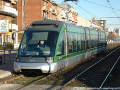 ".... vettura a 7 casse ""Eurotram"" ATM-7011....13 febb 2009 - © Umberto Garbagnati -"