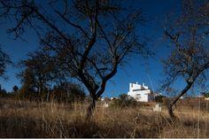 Casa na Mexilhoeira-Grande - Marco Arraiolos - João Morgado - Fotografia de arquitectura   Architectural Photography Algarve, Portugal, Grande, Clouds, Mansions, Architecture, House Styles, Photography, Outdoor