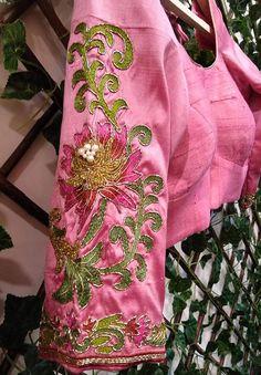 Silk Saree Blouse Designs - Threadwork Blouse Designs For Uppada Pattu Or Jute Sarees Latest Silk Sarees, Latest Saree Blouse, Pattu Saree Blouse Designs, Blouse Neck Designs, Dress Designs, Blouse Patterns, Flower Designs, Jute Sarees, Blouse Designs Catalogue