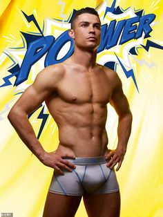Cristiano Ronaldo displays his muscular physique in new underwear campaign Hot Men, Cr7 Underwear, Jennifer Lopez Bikini, Superhero Fashion, Modelos Fitness, Hot Dads, V Instagram, Fc Chelsea, Underwear