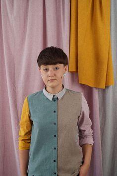 koszula PRAWIE CZARNA - METR64 - Torby Nerki Plecaki... Sweaters, Fashion, Fashion Styles, Sweater, Fashion Illustrations, Trendy Fashion, Sweatshirts, Pullover Sweaters, Shirts