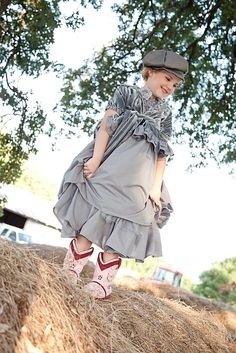 Ciccia Bella with Eden Woods. INFO: http://www.moddesignguru.com/2012/06/spotlight-playful-fun-and-fashionable.html