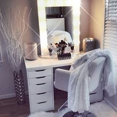 #beautyroom #makeupvanity