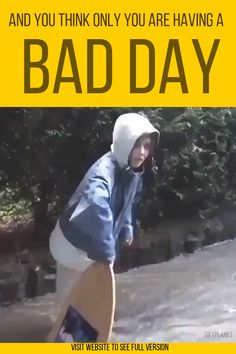 When You Think Only You Are Having A Bad Day,Funny, Funny Categories Fuunyy Source by gifyplanet. Stupid Videos, Jokes Videos, Funny Short Videos, Funny Video Memes, Funny Fail Videos, Stupid Funny, The Funny, Funny Jokes, Hilarious