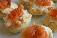 Deliciosos huevos rellenos con salmón ! ¡Manos a la obra ! Recetas Light, Baked Potato, Potatoes, Eggs, Baking, Breakfast, Ethnic Recipes, Food, Meatloaf