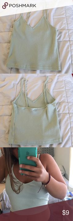 Top Shop crop top Very stretchy and comfortable crop top from top shop. Topshop Tops Tank Tops