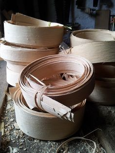 Ash Splint Baskets | Steve Tomlin Crafts Basket Weave Crochet, Basket Weaving, Green Woodworking, Small Wood Projects, Wind Spinners, Woodcarving, Ash, Diy And Crafts, Baskets