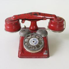 Vintage Toy Phone Tin Red Voice Phone Gong Bell by bellalulu, $48.00