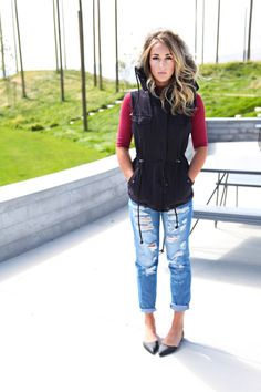 Velvet by Graham and Spencer Odela Hooded Parka Vest available in Black or Deep Green features a faux fur trim around the hood Cute Fall Outfits, Spring Outfits, Winter Outfits, Rolled Up Jeans, Cold Weather Fashion, Hooded Parka, Mommy Style, Red Pants, Fashion Seasons
