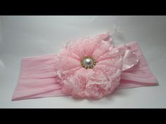 FLOR DE RENDA | DIY - PASSO A PASSO - YouTube Fabric Hair Bows, Diy Hair Bows, Diy Bow, Ribbon Crafts, Flower Crafts, Ribbon Bows, Ribbon Bow Tutorial, Fabric Flower Tutorial, Silk Flowers