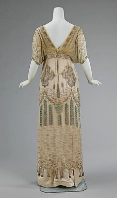 Posts about Paul Poiret written by Byron's Muse 1900s Fashion, Edwardian Fashion, Vintage Fashion, Antique Clothing, Historical Clothing, Vintage Gowns, Vintage Outfits, Paul Poiret, Edwardian Dress