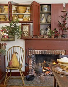When their 1777 Connecticut home is filled with the scent of pine boughs and baking, Leslie and Steven Powell know it's the holidays.   Tour the home: A Colonial Christmas