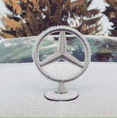 "Mercedes-Benz España on Twitter: ""Las estrellas se visten de blanco esta mañana :D ¿Cuál te gusta más? https://t.co/3AMVlvWV6v"""