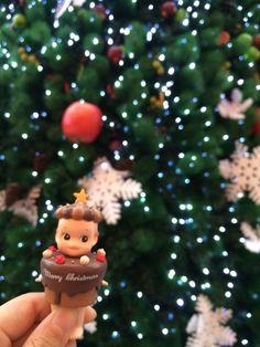 Under the christmas tree Sonny angel chocolate cake