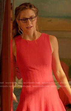 Kara's pink ribbed dress on Supergirl.  Outfit Details: https://wornontv.net/60525/ #Supergirl
