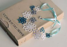 handmade tatted floral necklace - asymmetrical lace decoration in white, mint and gray