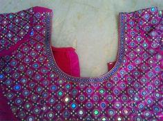 B Mirror Work Saree Blouse, Pink Saree Blouse, Mirror Work Blouse Design, Saree Dress, Fancy Blouse Designs, Bridal Blouse Designs, Stone Work Blouse, Maggam Work Designs, Blouse Styles
