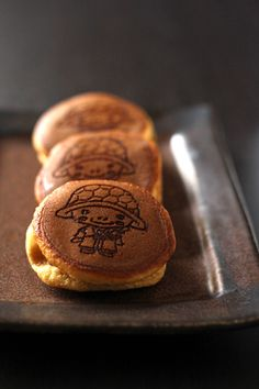 Japanese pancake sandwich with sweet azuki beans paste, Dorayaki