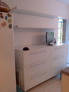 mueble de guardado para cocina utiles estantes flotantes con luz