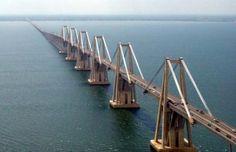 One of the longest bridges in the world: Maracaibo, Venezuela