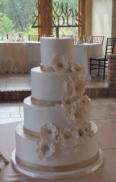 Smooth buttercream wedding cake with sugar flowers, and edible gold banding. Buttercream Wedding Cake, Sugar Flowers, Custom Cakes, Colorado, Wedding Cakes, Smooth, Weddings, Desserts, Gold