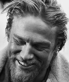 Charlie Hunnam. Holy hot hell. I love this man.