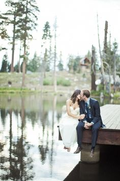 love this photo op for a lakeside wedding! // photo by OrangeTurtlePhotography.com