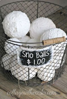 "Faux Snow Balls: Have a white Christmas €""whether it's actually snowing or not €""with this cute craft. #christmas #christmasdecorations #outdoorchristmasdecorations #homeinspo #home"