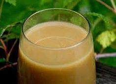 Еще больше рецептов здесь https://plus.google.com/116534260894270112373/posts  Банановый кисель от кашля  Не является традиционным русским, но это прекрасное средство от кашля, вылечивает даже бронхит! Особенно помогает маленьким деткам, да и взрослым тоже.  Ингредиенты:  - 1 банан (крупный, зрелый) - 1 стакан сахара - 200 мл воды (крутой кипяток)  Приготовление:   Очистить банан, помять вилкой (лучше деревянной толкушкой) в пюре, перемешать с сахаром. Залить кипятком, хорошо перемешать…